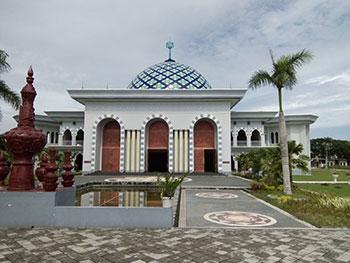 Masjid Agung Praya Lombok Tengah